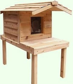 Small Insulated Outdoor Cedar Cat House with Lounging Deck